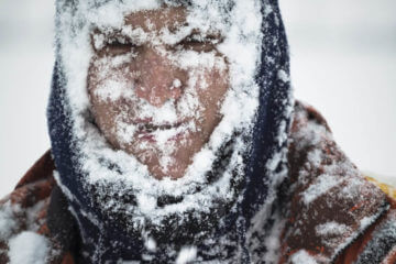 Chill Factor: Surviving the Icy Grips of a Blizzard