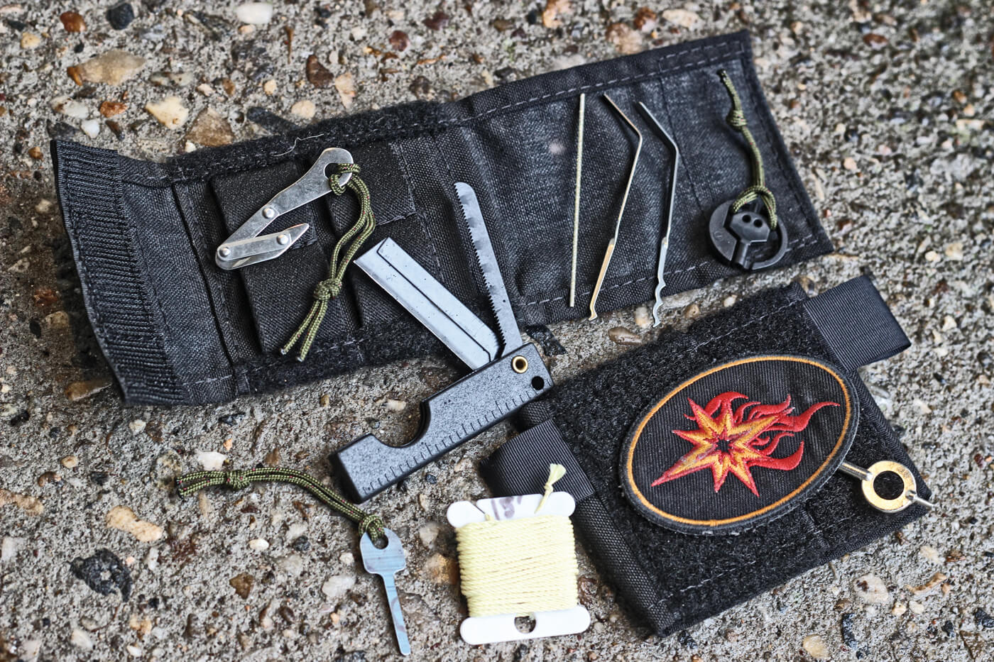 Center Line Systems KeyDC with folding knives, handcuff keys, lockpicks and paracord