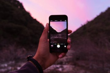 25 SURVIVAL APPS YOU NEED NOW