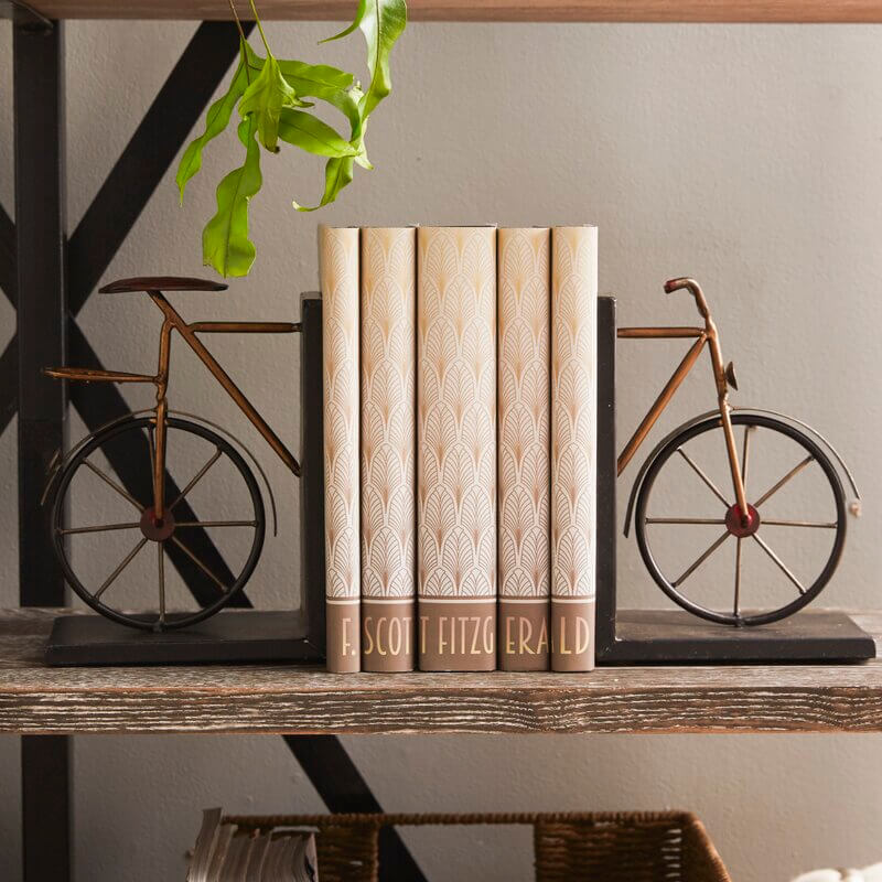 Bicycle bookends for Christmas gifts