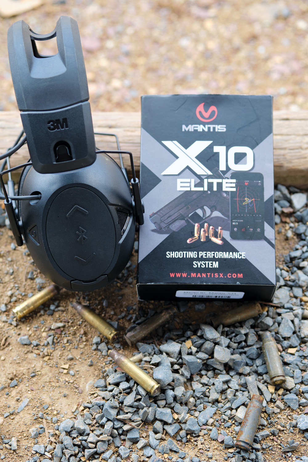 When paired with headphones that offer Bluetooth connectivity (such as the Peltor Tactical Sport 500), the MantisX will provide commands, prompts and feedback directly through your hearing protection.