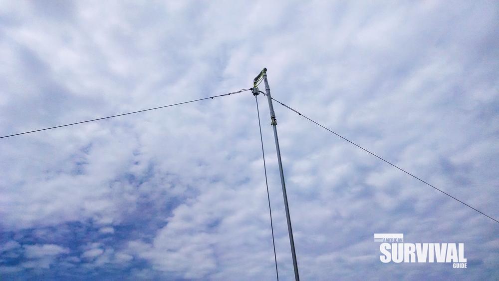 A dipole antenna